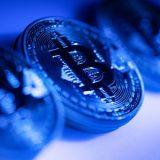 Amazon denies accepting Bitcoin, sends it tumbling