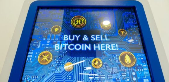 Bitcoin slumps as China bans all cryptocurrency transactions